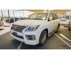 URGENT Selling my used 2016 lexus lx570 GCC Specs full option...