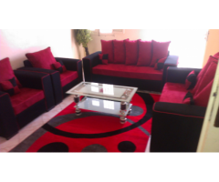 Salon table et moquette offerte
